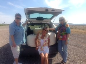 Lura, Irene and Jill during a cotton sliver delivery.